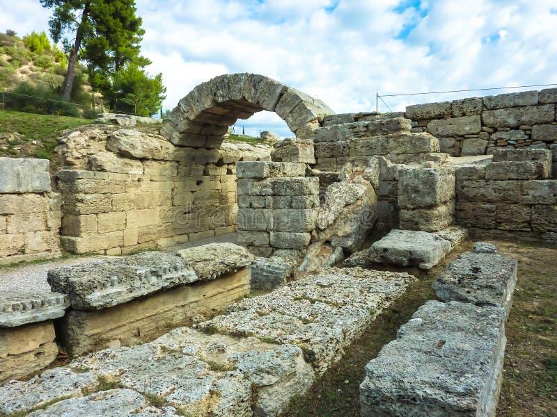 Свод на входе к стадиону, Олимпии - губит города древнегреческого Олимпии, Пелопоннеса, Греции стоковое изображение