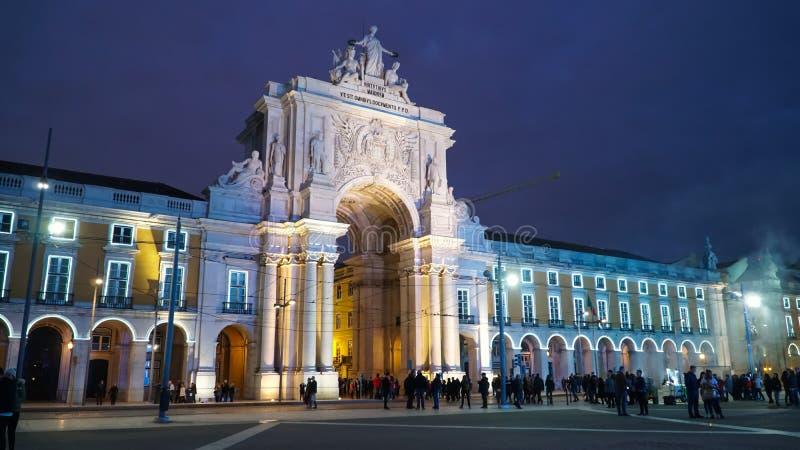 Свод Augustus, Триумфальной Арки в Praca делает квадрат Comercio, Лиссабон, Португалию Лиссабон континентальный capita ` s Европы стоковая фотография