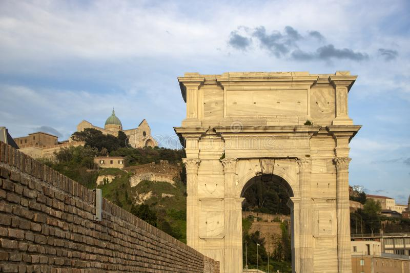 Свод Trajan стоковые фотографии rf