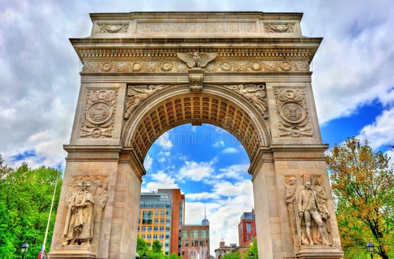 Свод квадрата Вашингтона, мраморный триумфальный свод в Манхаттане, Нью-Йорке стоковая фотография rf