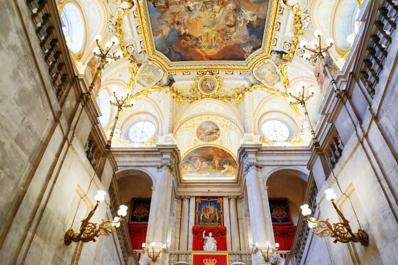 Сводчатый потолок и оплата Corrado Giaquinto «Испании фрески стоковое изображение