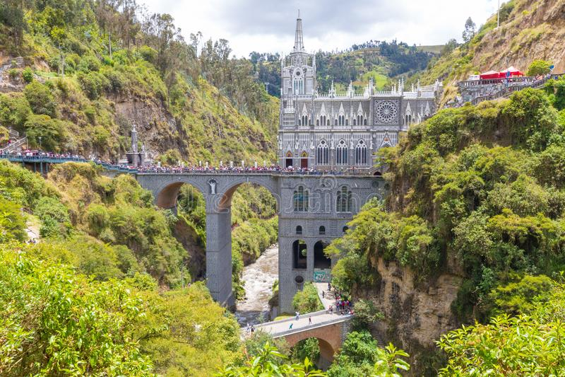 Святилище взгляда Ipiales Колумбии Las Lajas панорамного стоковые изображения rf