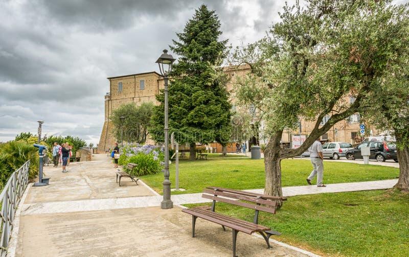 Святилище святого дома Loreto, мартов, Италии Взгляд апостольского дворца и сада стоковые изображения