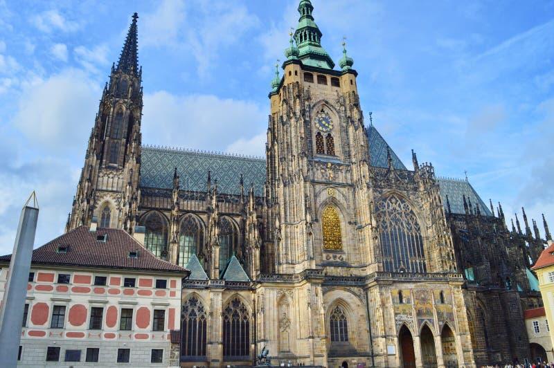 Святые Vitus, Wenceslaus и Adalbert собора в Праге, чехия, стоковые фото