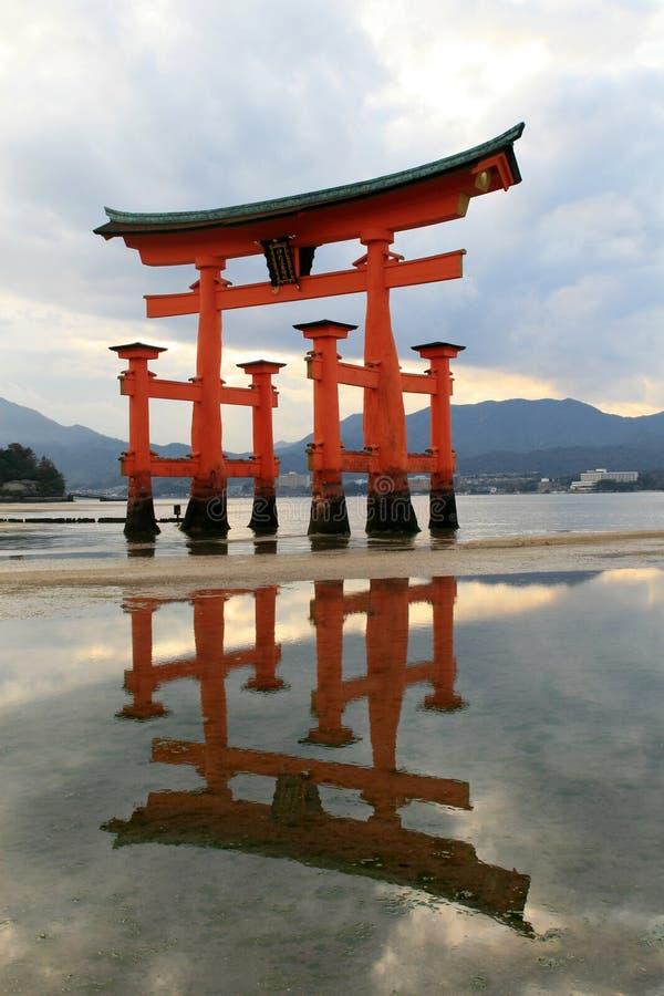 святыня itukushima стоковое изображение