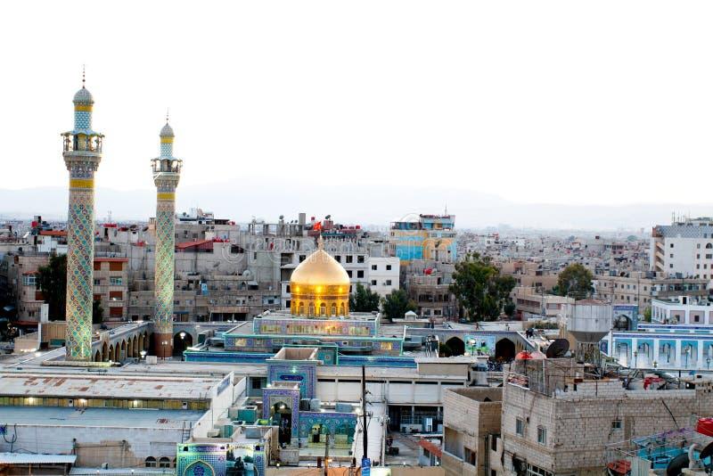 Святыня Sayeda Zeinab в Сирии стоковая фотография