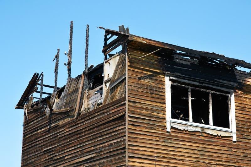 Сгоренный вниз с дома стоковая фотография