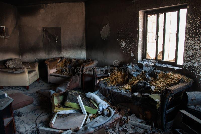 Сгорели квартира в Al Элье-Хубар, Саудовской Аравии стоковое фото rf