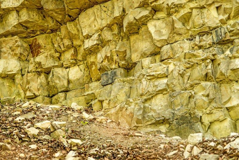 Сдвиги известняка Юра в Свабийском альбе стоковое изображение
