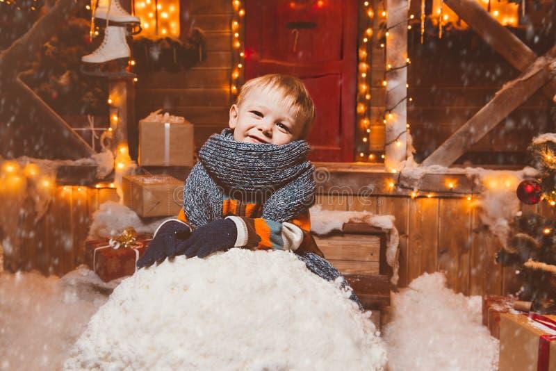 Сделанный большой снежный ком стоковые фотографии rf