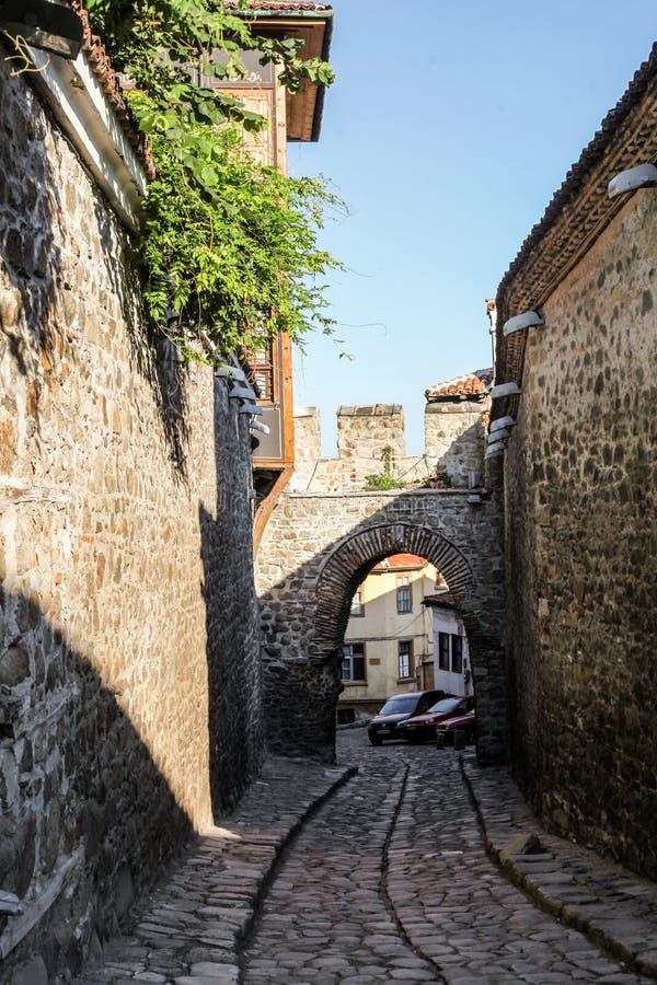 Сдобрите в улицах старого городка Пловдива, Болгарии стоковые фотографии rf