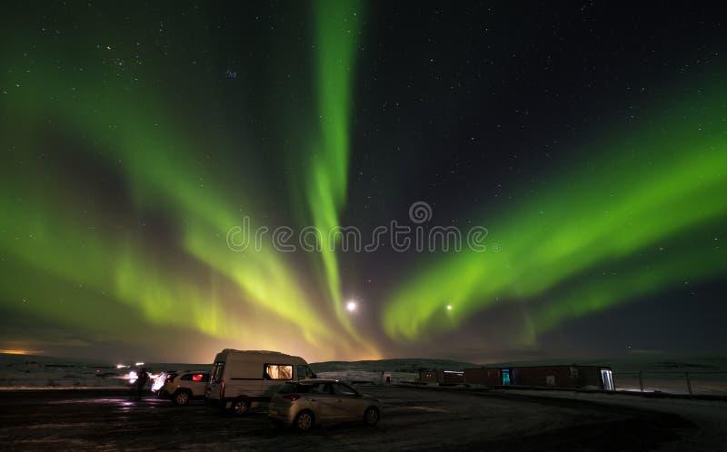 Северное сияние в национальном парке Pingvellir, южной Исландии стоковые изображения