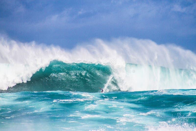 Северные волны берега стоковые фотографии rf