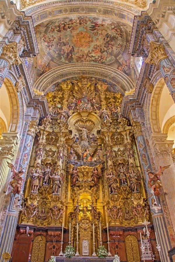 Севилья - барочная церковь Сальвадора (del Сальвадора Iglesia) с главным алтаром (1770 до 1778) Cayetano de Acosta стоковые изображения rf
