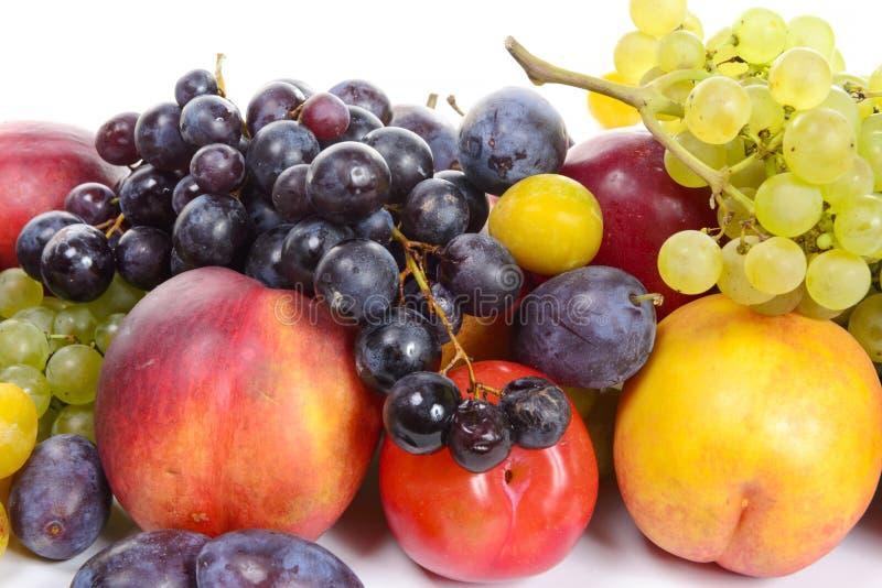 Сезонные плодоовощи, виноградины, сливы, груши стоковые изображения