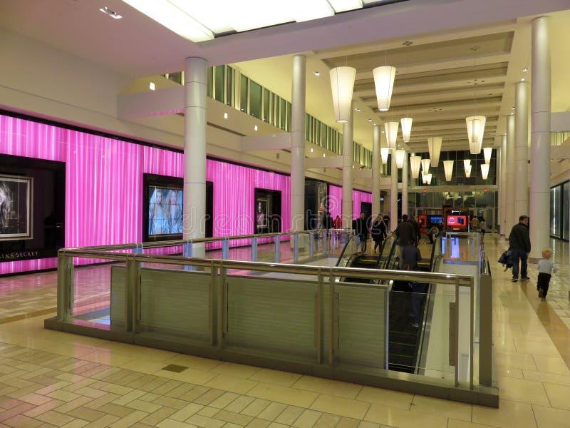 Секрет и торговый центр Victorias в Вирджинии стоковые изображения rf