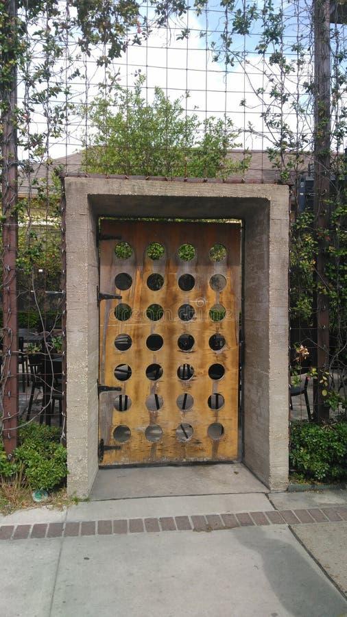 секрет путя сада дверей английский стоковое изображение rf