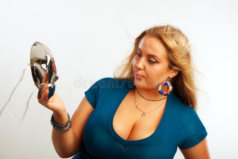 Сексуальная девушка с маской стоковое изображение