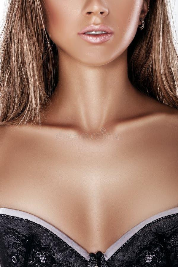 Сексуальный женская грудь