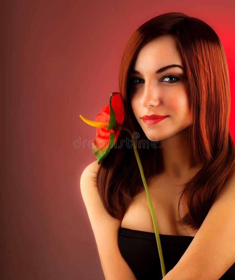 Сексуальная красная женщина волос стоковые фото