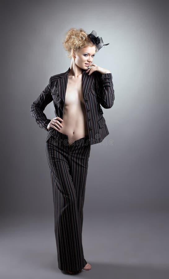 сексуальное черной белокурой девушки costume нагое стоковая фотография