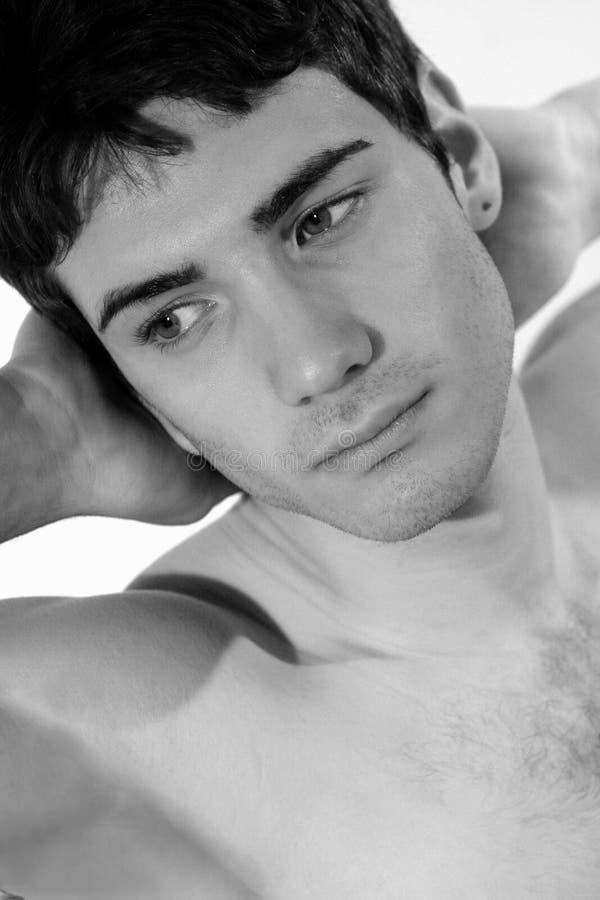 Сексуальный молодой модельный смотреть стоковая фотография