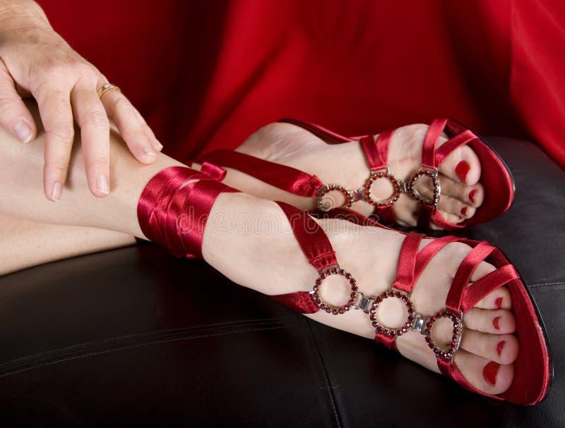 сексуальных ноги womans ботинок стоковая фотография rf