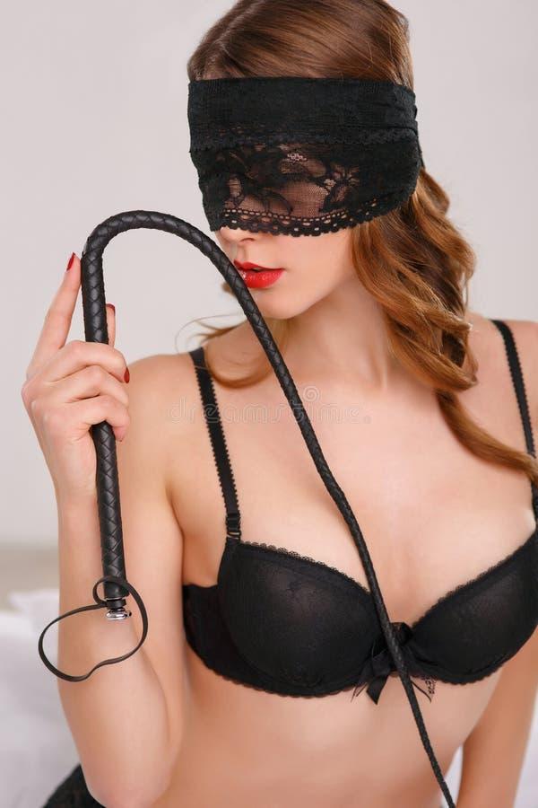 Сексуальные девушки с плеткой
