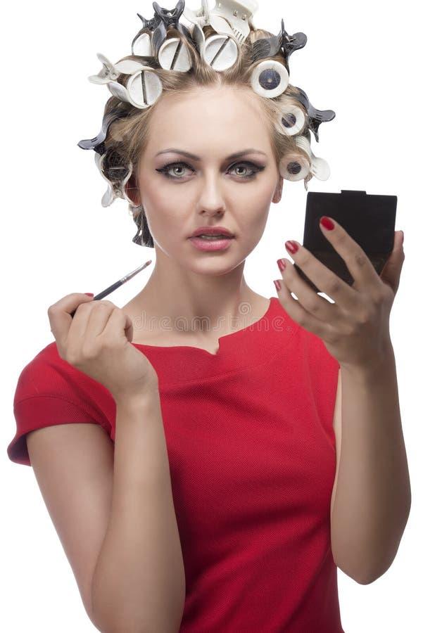 Сексуальная девушка вводя ее взгляд в моду стоковая фотография rf