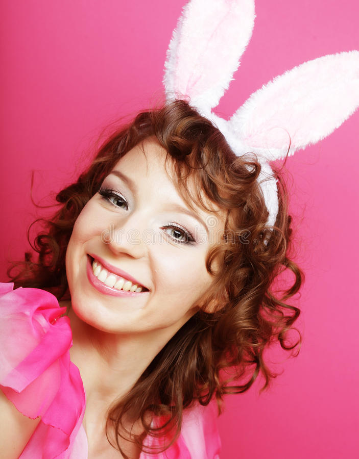 Сексуальная женщина с ушами зайчика Блондинка плейбоя стоковая фотография rf