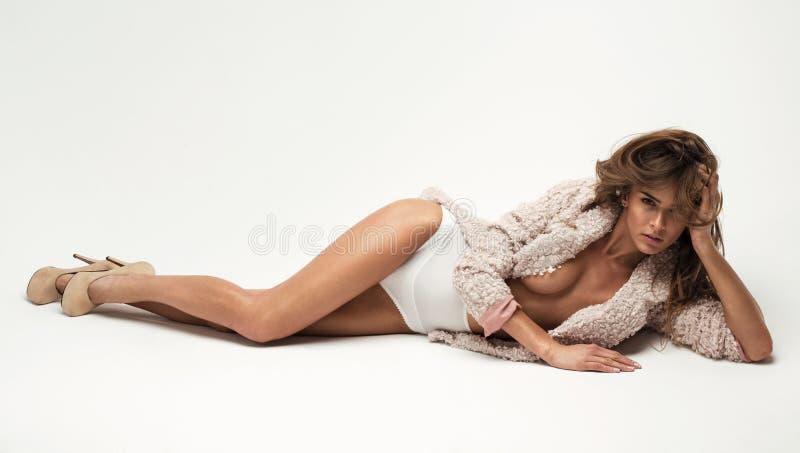 Сексуальная женщина стоковые фотографии rf