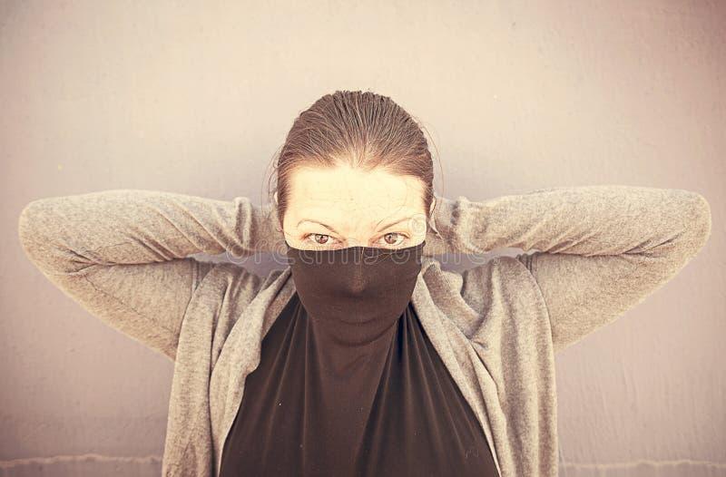 Сексуальная покрытая женщина стоковая фотография rf