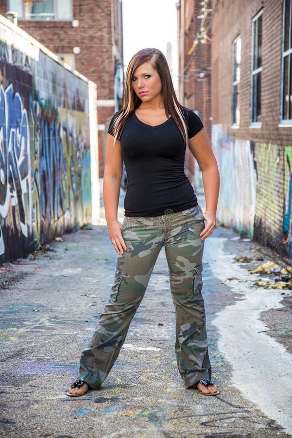 Сексуальная фотомодель девушки с коричневыми волосами стоковые фотографии rf
