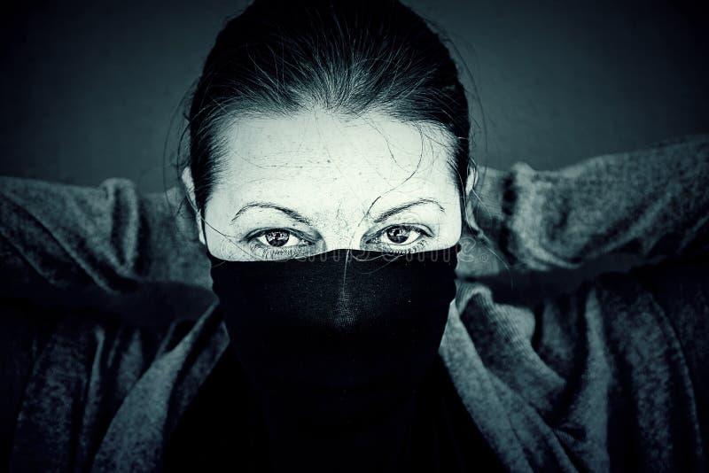 Сексуальное заволакивание женщины стоковая фотография rf