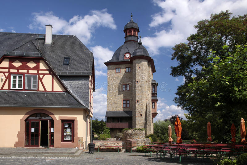 Селитебная башня дворца Vollrads стоковое фото rf