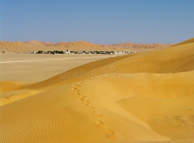 Село в пустыне, Оман стоковые изображения rf