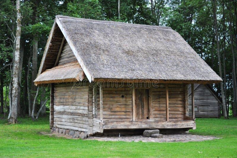 село зернохранилища старое деревянное стоковое фото