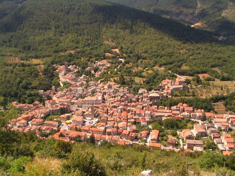 село Италии средневековое стоковое фото