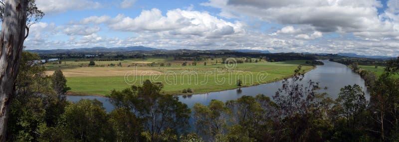 Сельская панорама реки стоковая фотография rf