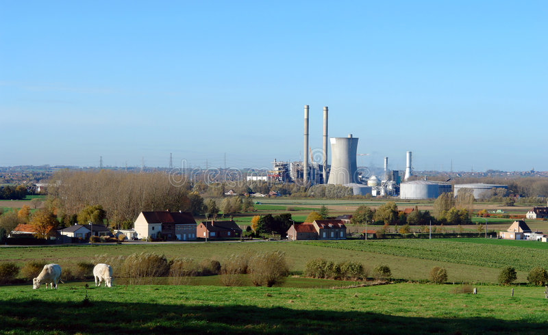 Сельская электростанция. стоковое фото