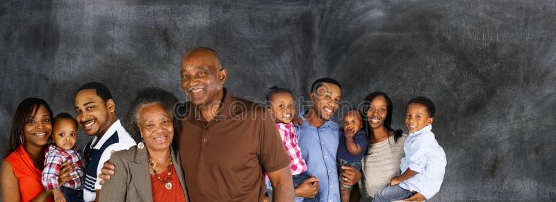 семья афроамериканца счастливая стоковые фото