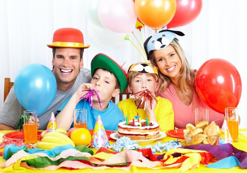 семья дня рождения счастливая стоковое изображение