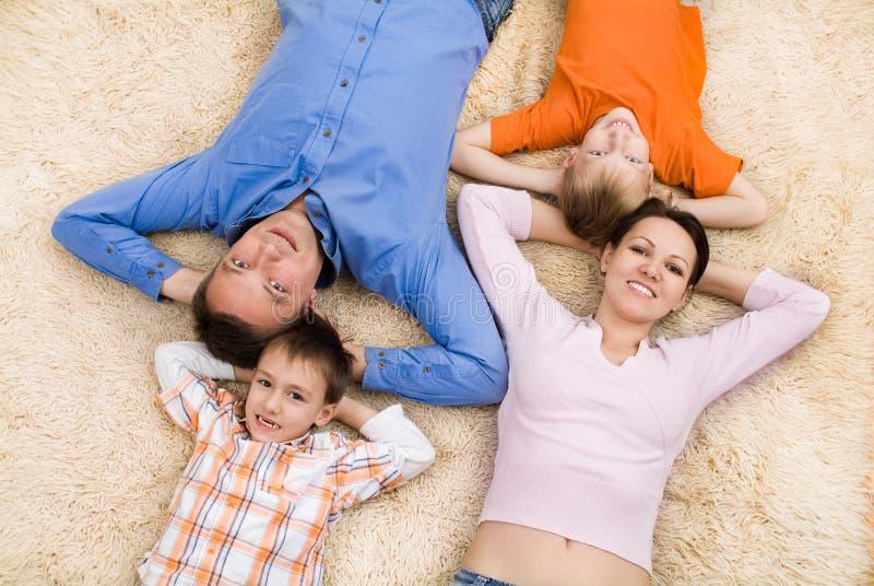 Семья из четырех человек стоковые фото