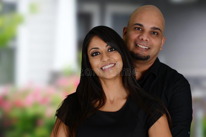 Download Семья меньшинства стоковое изображение. изображение насчитывающей индийско - 33729137