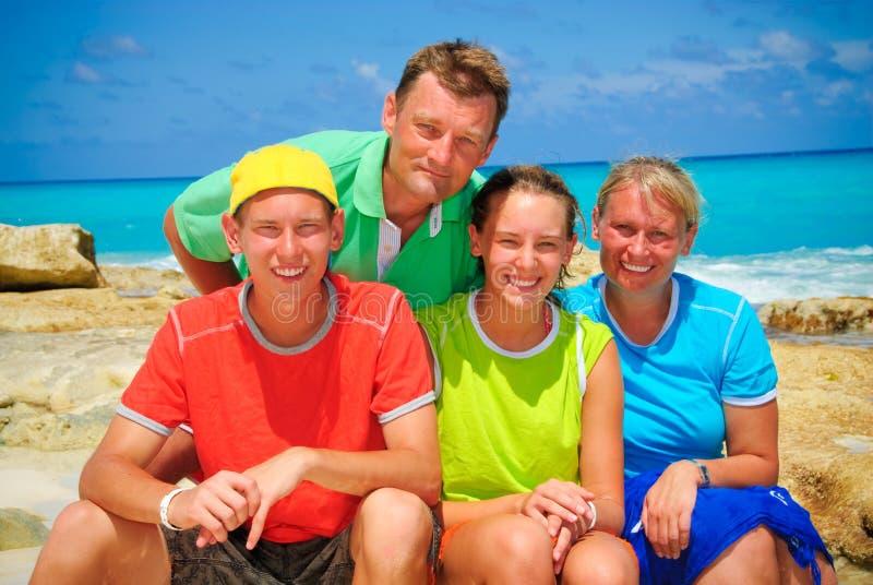 семья пляжа стоковые изображения