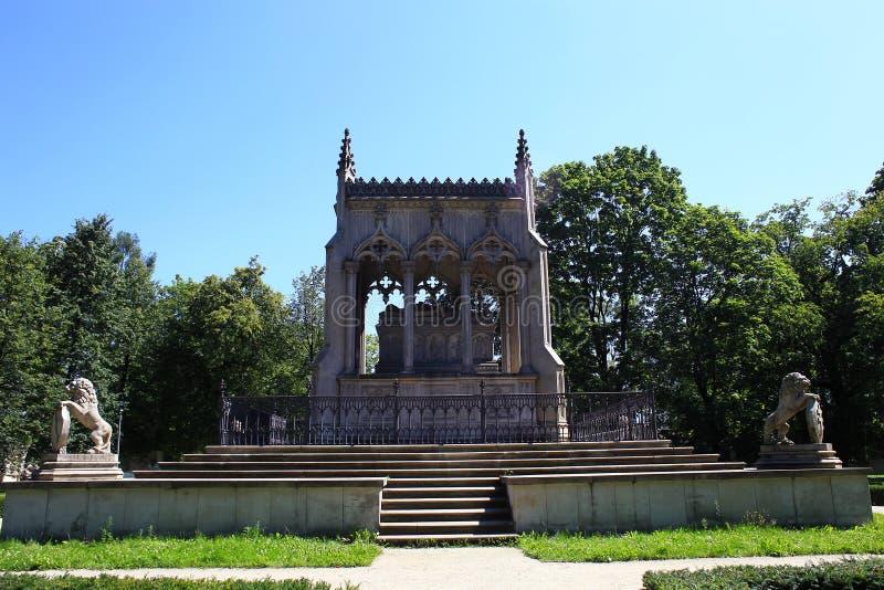Семья Potocki мавзолея в Варшаве, Польше стоковое фото