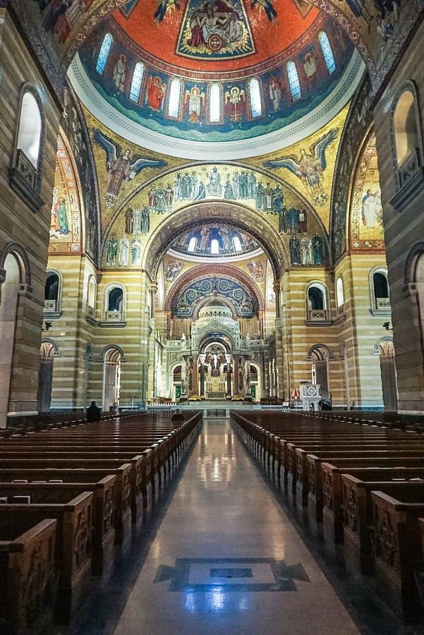 Сент-Луис Миссури: 7-ое ноября 2018; Базилика собора Сент-Луис стоковое изображение