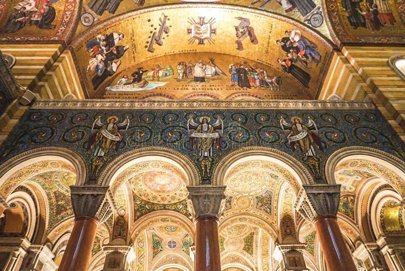 Сент-Луис Миссури: 7-ое ноября 2018; Базилика собора Сент-Луис стоковые изображения