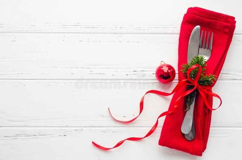 Сервировка стола на рождество и Новый Год торжества стоковые изображения rf