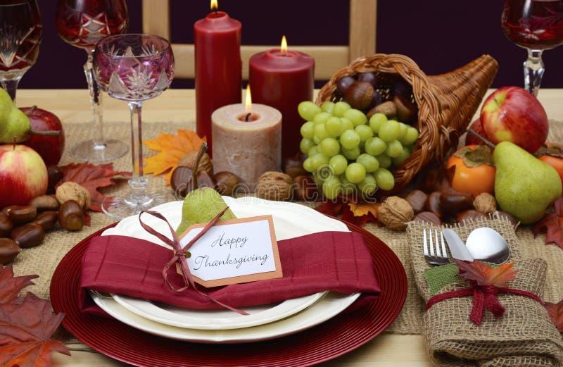 Сервировка стола благодарения стиля страны деревенская стоковое изображение rf